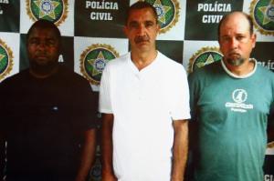 O cobrador de transporte alternativo Carlos Alberto de Aguiar, 43 anos; o sargento Valdenir Menezes Pereira, o Monstrinho, 49 anos; e Wellington de Oliveira, o Baré, 34 anos