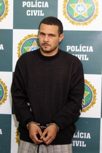 Paulo Roberto Fernandes Júnior, o Júnior Calcinha, 32 anos