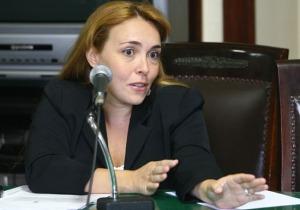 Delegada Márcia Becker Simões, titular da DRAE